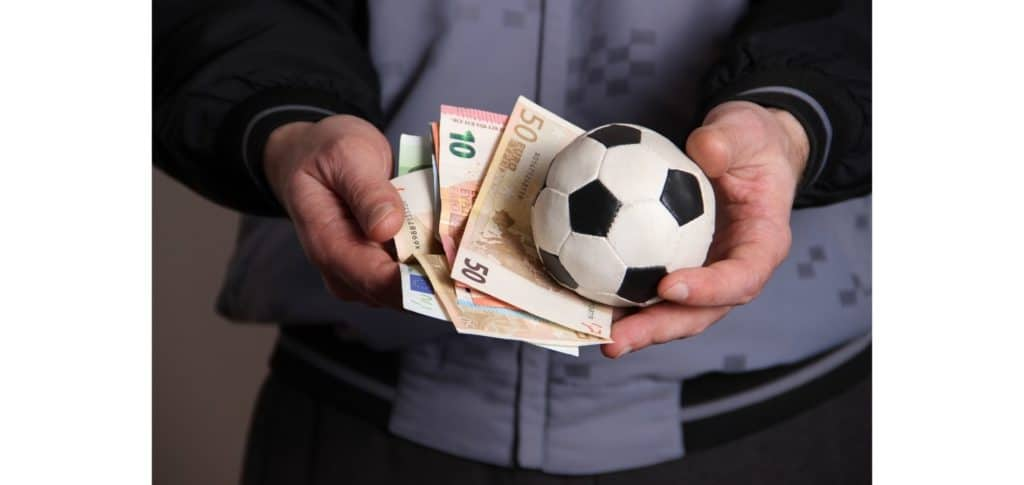 is soccer a good career option - lots of money
