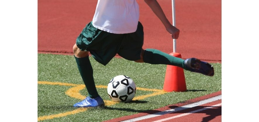 where soccer defenders can score - set pieces