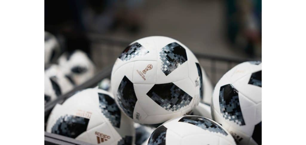 why do soccer balls have pentagons - easier ball tracking for television audiences